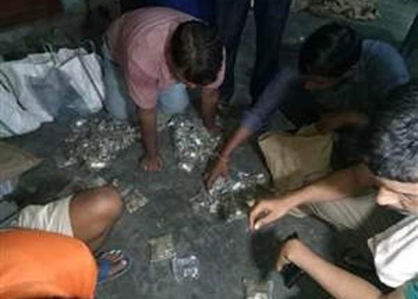 BOI में घुसे चोर, कैश वोल्ट तोड़ने की कोशिश नाकाम, कुछ सिक्के ले भागे