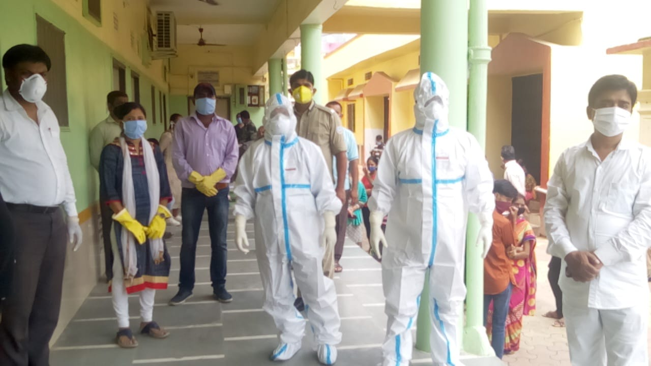 हजारीबाग निगम क्षेत्र के रैपिड एंटीजन कोविड जाँच शिविर का आयोजन सम्पन्न