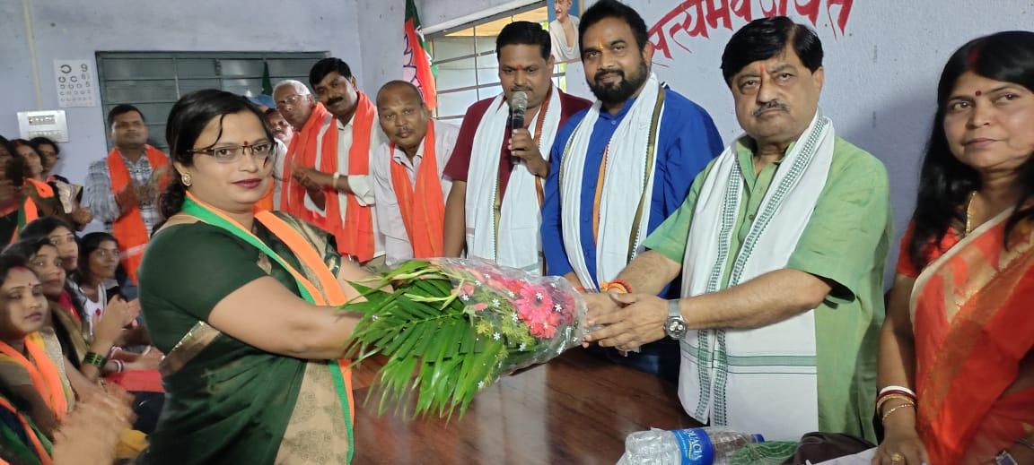 नारी सशक्तिकरण से देश का विकास और कल्याण संभव है :रविंद्र पांडे